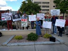 nuke petition 1000 signatures 2017